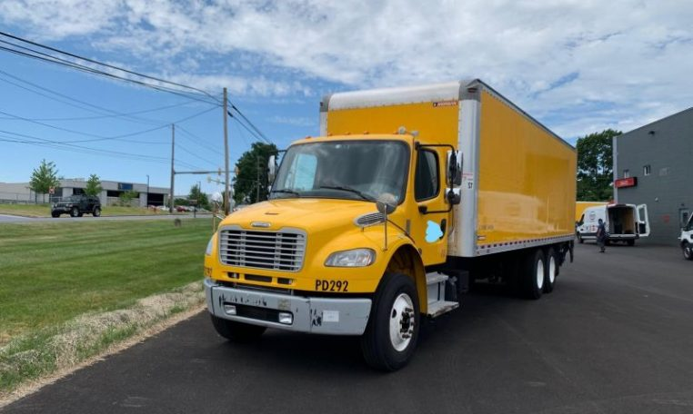 Thumbnail : 2016 FREIGHTLINER BUSINESS CLASS M2 106 6073976093