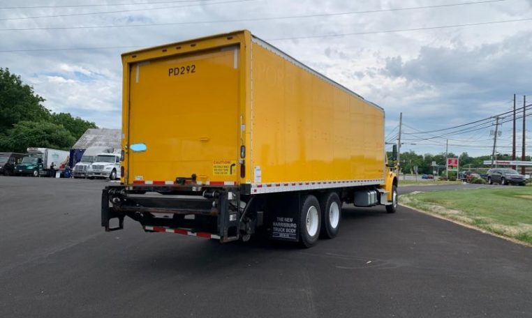 Thumbnail : 2016 FREIGHTLINER BUSINESS CLASS M2 106 6073976135